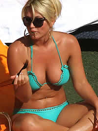 Various pics of Brooke Hogan in sexy bikinis
