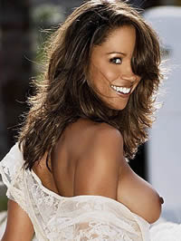 Stacey Dash shows her lovely boobs and pussy