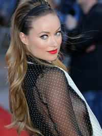 Olivia Wilde braless showing side-boobs