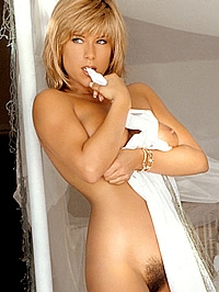 80s star Samantha Fox posing fully naked