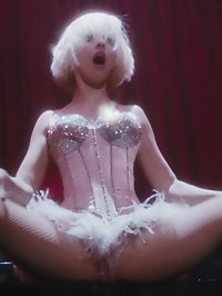Christina Aguilera just wants you to rub it the right way