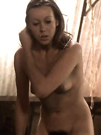 Jenny Agutter gives us a great look at her boobs, butt, and bush