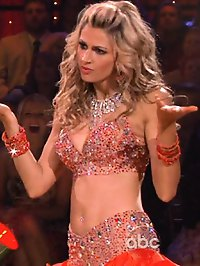 Erin Andrews looks amazing while dancing with the stars