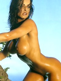 Karen Mcdougal Shows Boobs And Pussy