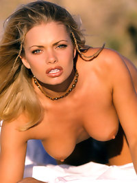 Jaime Pressly Totaly Exposed