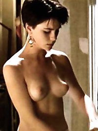 Kate Beckinsale topless movie caps & lingerie shots