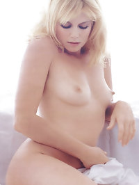 Peta Wilson Totaly Exposed