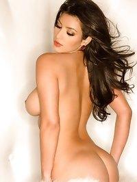 Kim Kardashian shows her big boobs and amazing butt