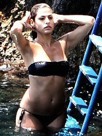 Eva Mendes sexy paparazzi bikini and topless pictures