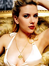 Scarlett Johansson big boobs in nice cleavage