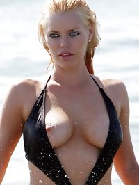 Sophie Monk paparazzi nipple slip and topless shots