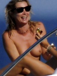 Kate Moss paparazzi topless beach shots