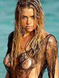 Denise Richards caught topless by paparazzi