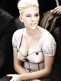 Scarlett Johansson nude leaked photos from cell phone