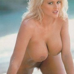 Anna Nicole Smith nude