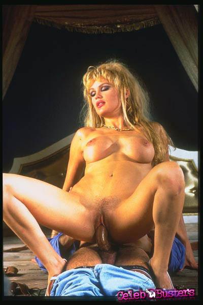 thick thigh nude upskirt