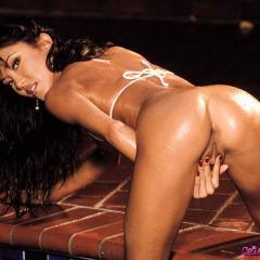 Toya Nude