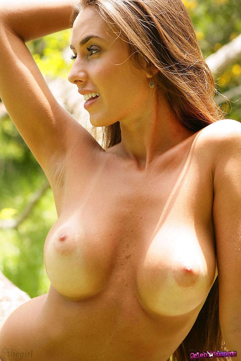 Naked nicole
