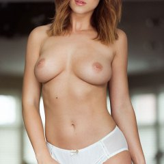 Rosie Jones nude