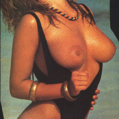 Samantha Fox nude
