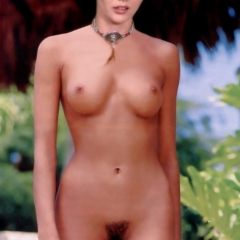 Shannen Doherty nude