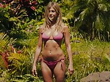 Jennifer Aniston pokies and in sexy bikini