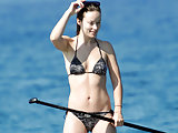 Olivia Wilde topless and in a sexy bikini