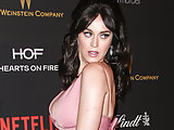 Katy Perry cleavage on the red carpet
