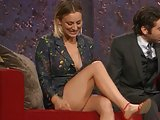 Kaley Cuoco secy legs and cleavage in public