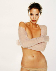 Elizabeth Berkley nude picture